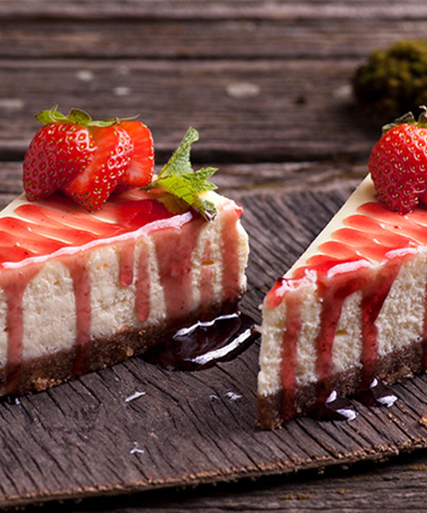 Cheesecake Healthy à la fraise sur fond de dattes