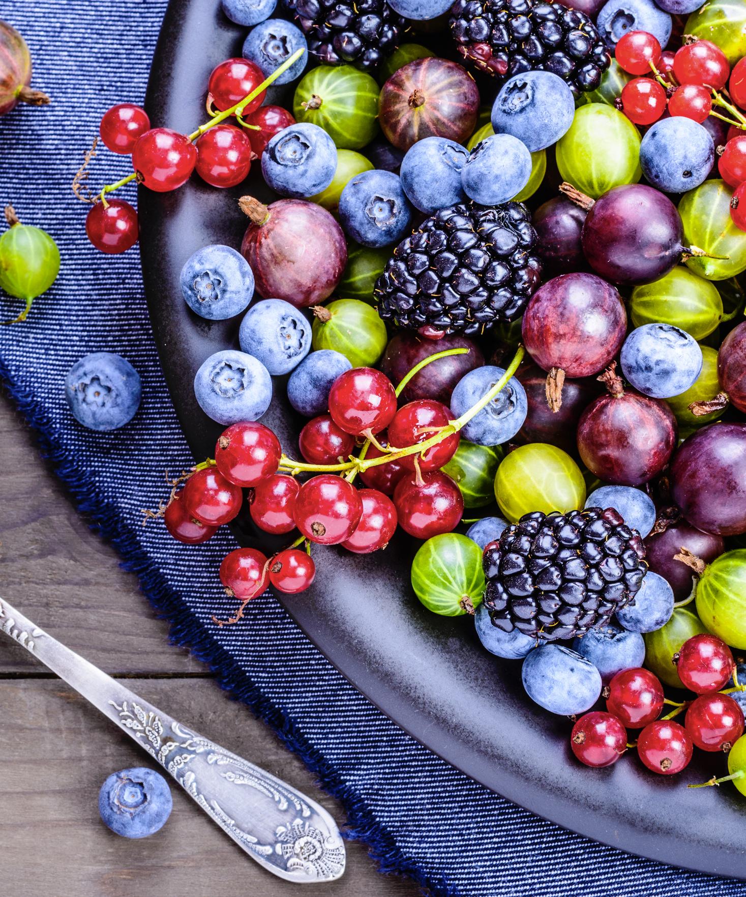 Quels sont les fruits et légumes les plus riches en antioxydants et polyphénols?