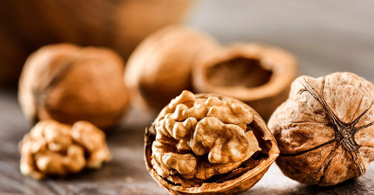 cest-ce-qui-arrive-a-votre-corps-lorsque-vous-mangez-7-noix-par-jour