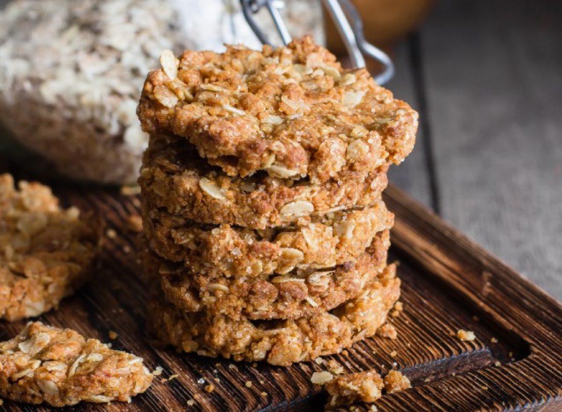 ghriyba-ou-cookie-a-lavoine-et-aux-fruits-secs