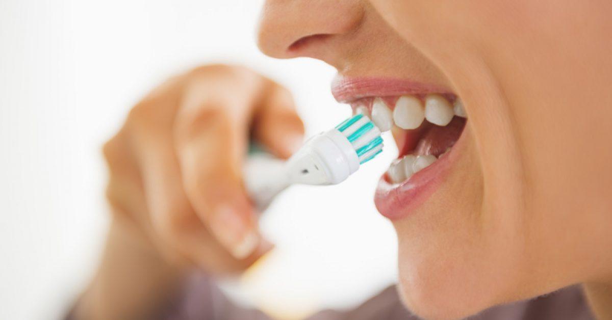 10-idees-recues-sur-les-soins-des-dents