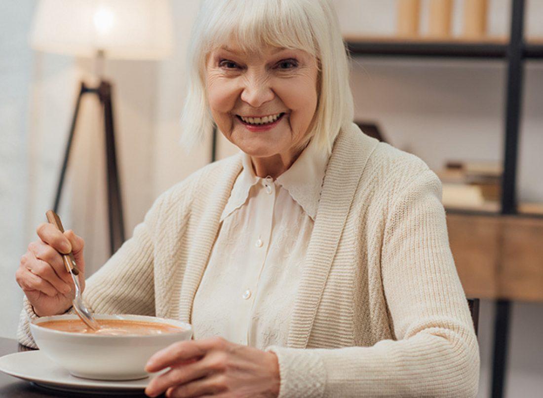 la-soupe-une-bonne-astuce-sante-pour-les-personnes-agees